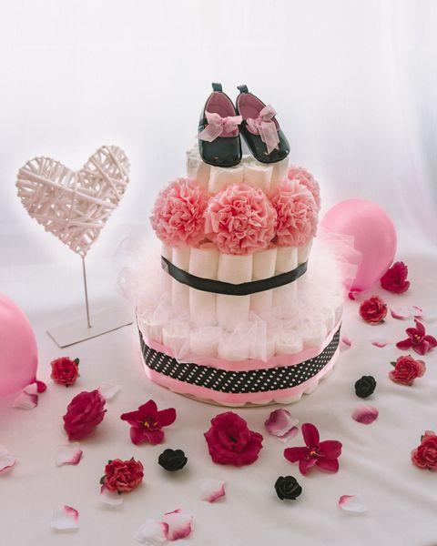 Plenicna torta Pikolina dekorirana baby shower