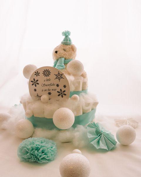 Plenicna torta Snezko dekorirana baby shower