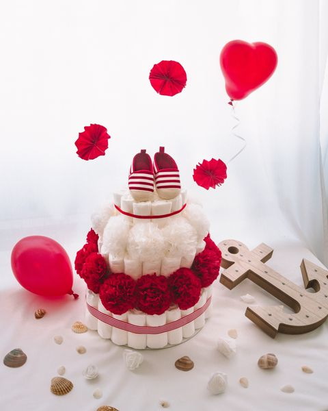 Plenicna torta Benetka dekorirana baby shower